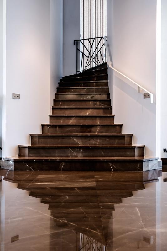 Escalier atelier marbrerie decomarbre