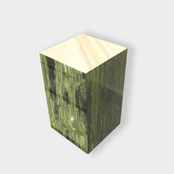 Meuble en pierre marbre onyx